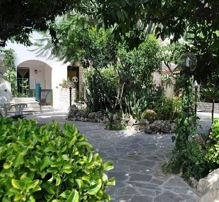 design leas landscaping