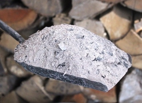 Wood Ash natural fertilizers for Garden Uses