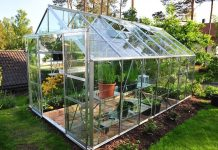 Build A Cheap Greenhouse To Grow Garden Produce