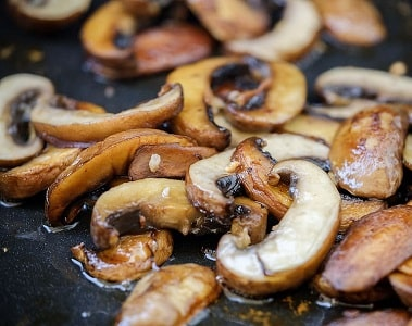 barbecue-grilled-grill-mushrooms