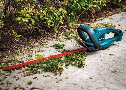 Makita Xhu02Z 18V Lxt Lithium-Ion Cordless 22 Hedge Trimmer