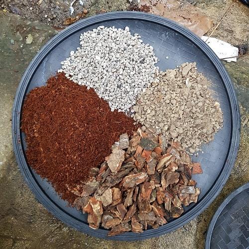 mix soil