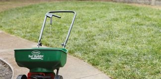 Best Lawn Fertilizer Spreaders