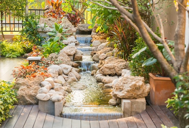 creating cool and intimate areas