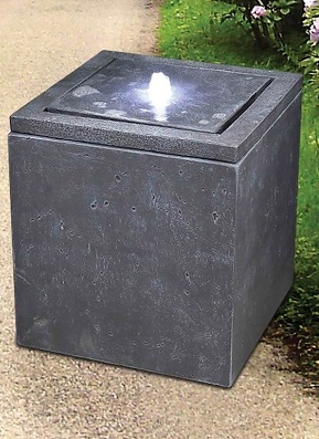 Plunging Cube Water Fountain