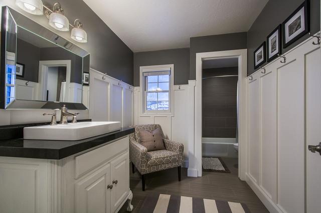 The Hill Ranch House Bathroom